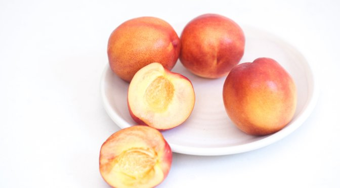 Nectarines Whole Cut